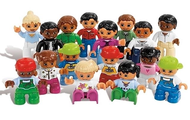 Lego duplo mensen uit de wereld