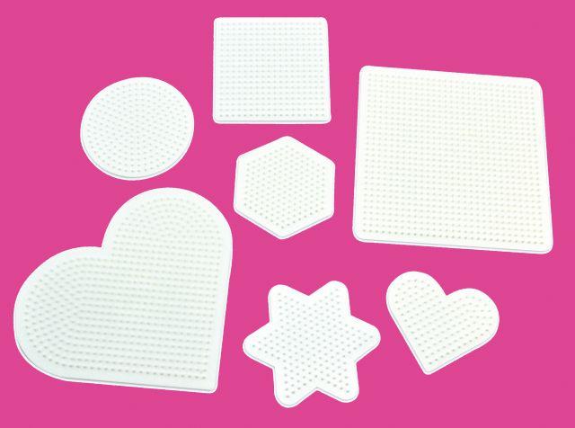 Set van 7 witte strijkkralen platen